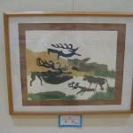 この作品は子供たちのきりえの先生である姜英子さんの作品で、「三田市民きりえ展」の展示室内で紹介されていました。