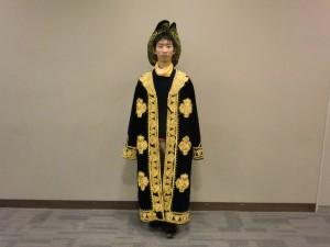 カザフスタンの衣装 カザフスタンってどこかな~?