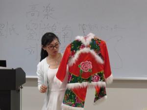 中国の民族衣装の紹介