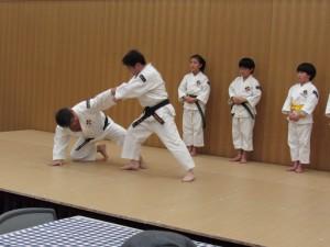 少林寺拳法の演舞は迫力満点