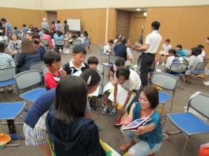 韓国の小学校も給食はありますよ