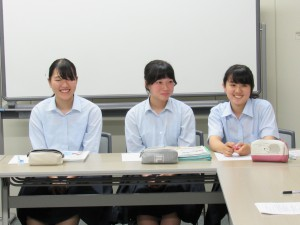 日本人はおとなしすぎますね