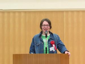 イングランド ルイーズ マーチンさん 日本には春夏秋冬と言う言葉があります 私が日本で最初に覚えた言葉は 「めっちゃ寒い」です